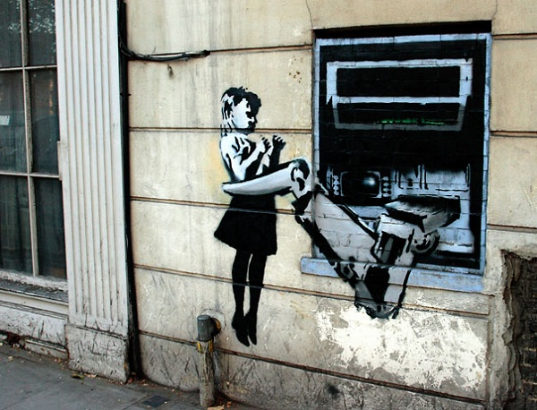 banksy-graffiti-street-art-cashpoint-girl