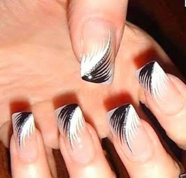 Black and White Nail Art 11