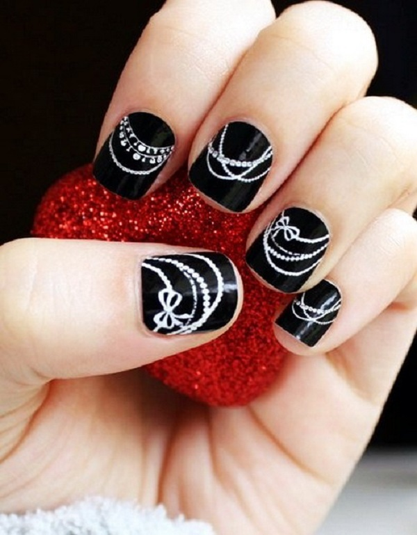 Black and White Nail Art 8