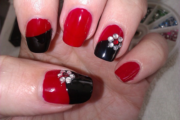 Red Nail Art Designs 38