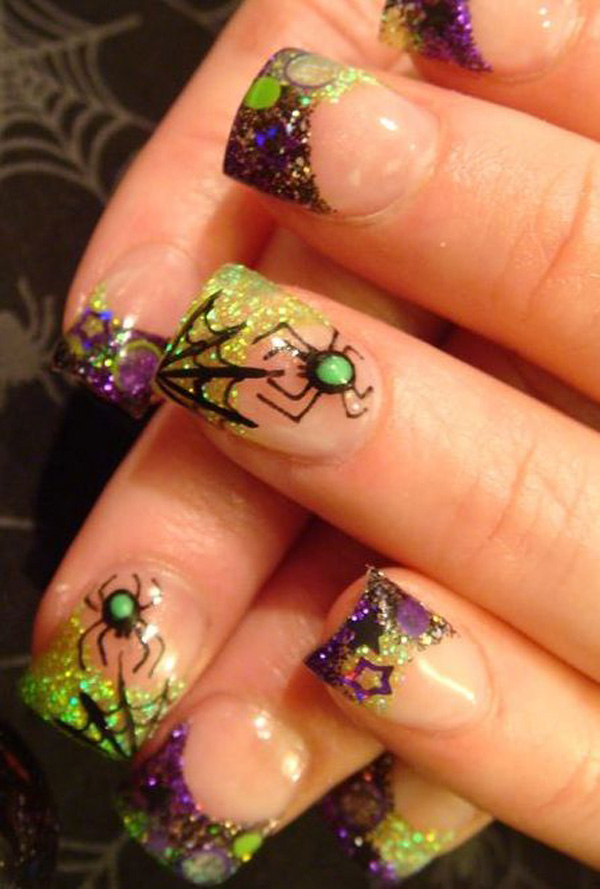Super scary spider nails for Halloween!