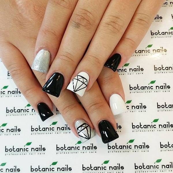 black and white nail art-49