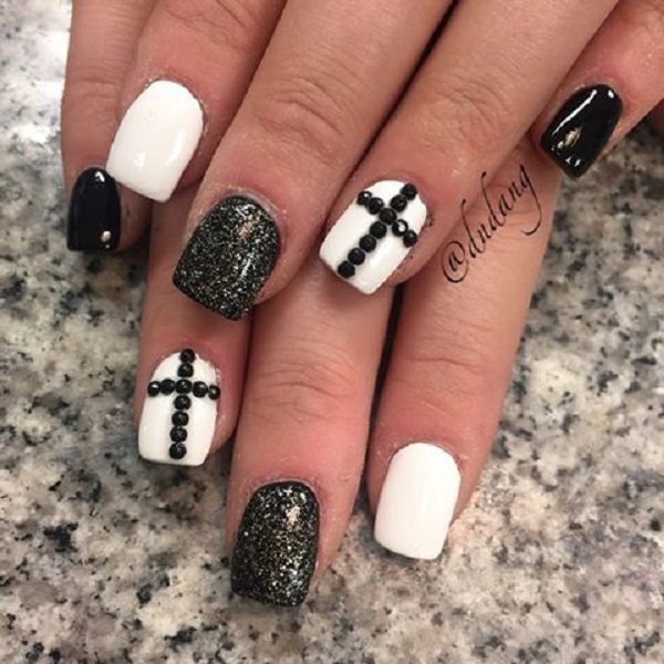 black and white nail art-53