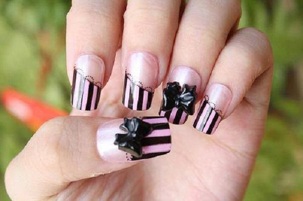 Bow Nail Art 12