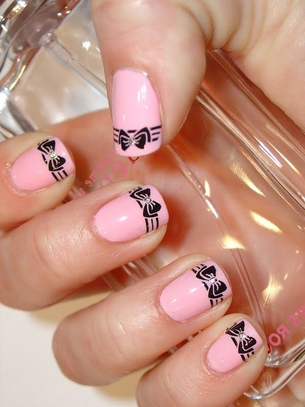 Bow Nail Art 35