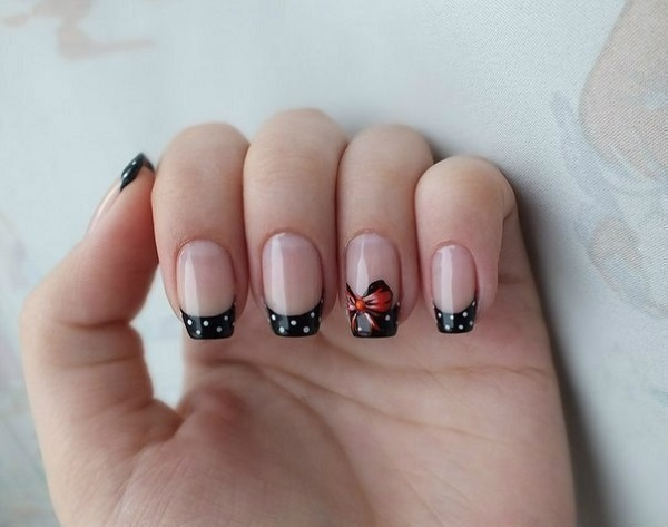 lace and bow nail art. What better way to design your super long nails
