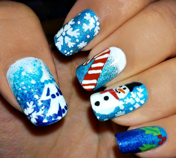 65 christmas nail art ideas nenuno creative christmas nail art starring the snowman a candy cane and mistletoe a perfect nail prinsesfo Image collections