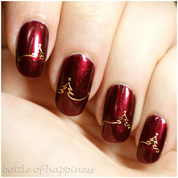 paint your nails bloody red with gold with this christmas nail art design paint on - Red Christmas Nails