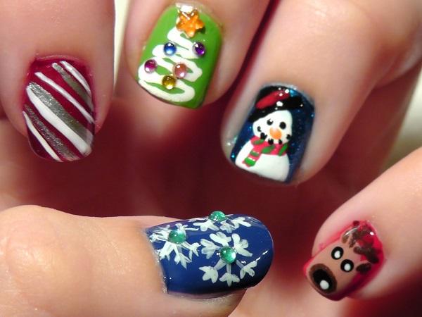 Christmas nail art 31