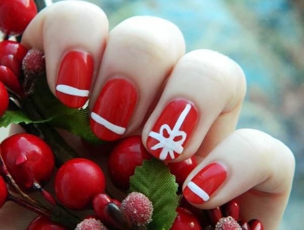Christmas nail art 33