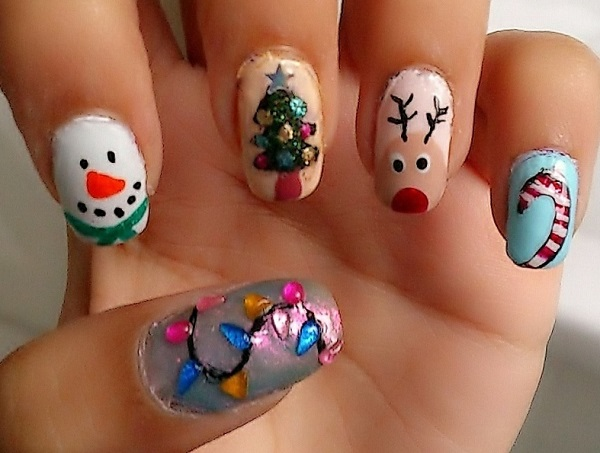 65 christmas nail art ideas nenuno creative simple but fun looking christmas nail art draw christmas related characters such as candy canes prinsesfo Image collections