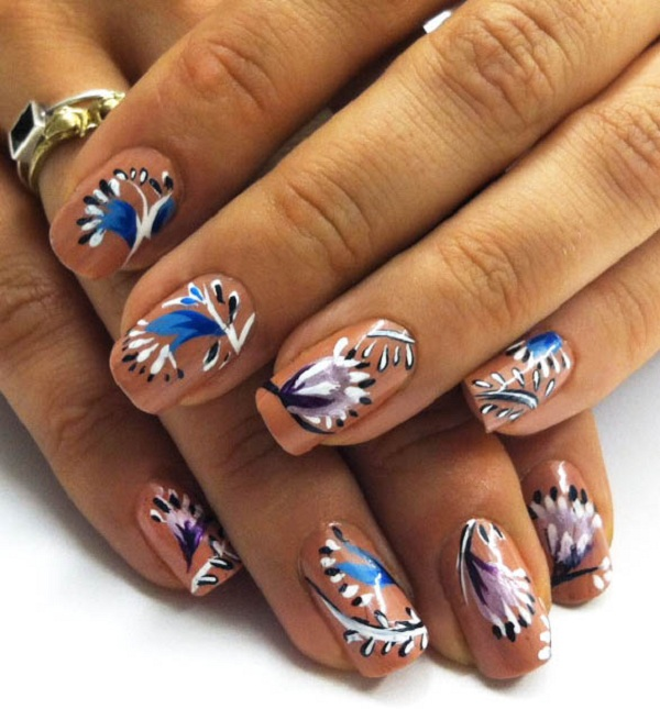 Feather dotted nail love