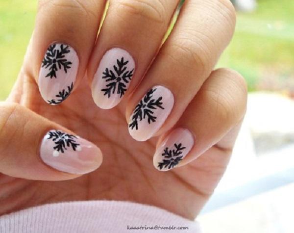 Snowflake Nail Art21