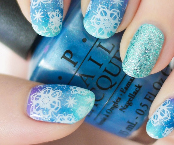 Snowflake Nail Art34