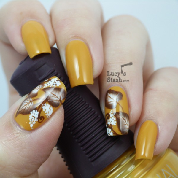 Leaves Nail Art 24