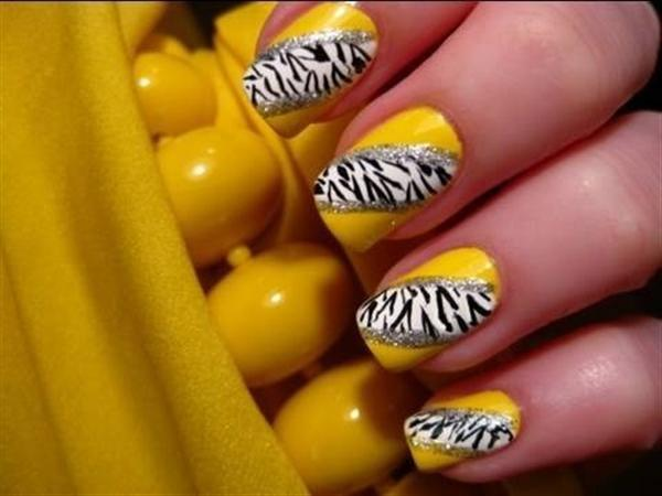 Yellow Nail Art 23