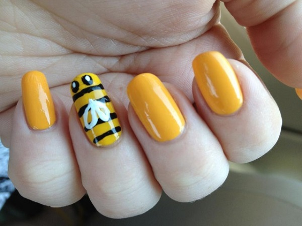 Yellow Nail Art 27