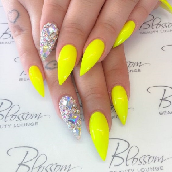 Yellow Nail Art 38