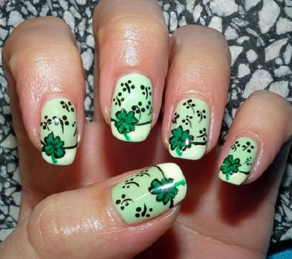 Four Leaf Clover Nail Art 21