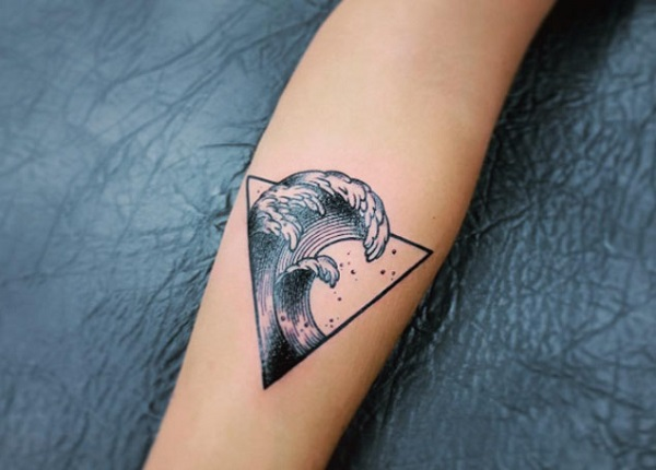Wave Tattoo Dsign 6