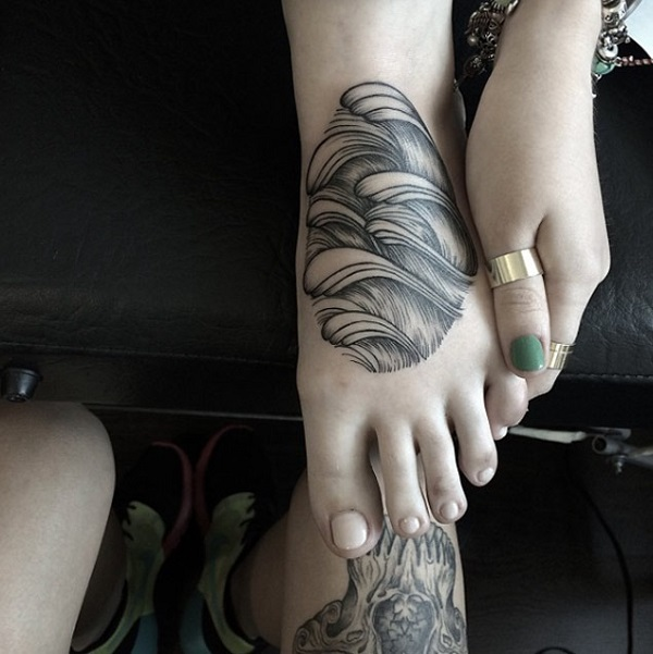 Wave Tattoo Dsign 8