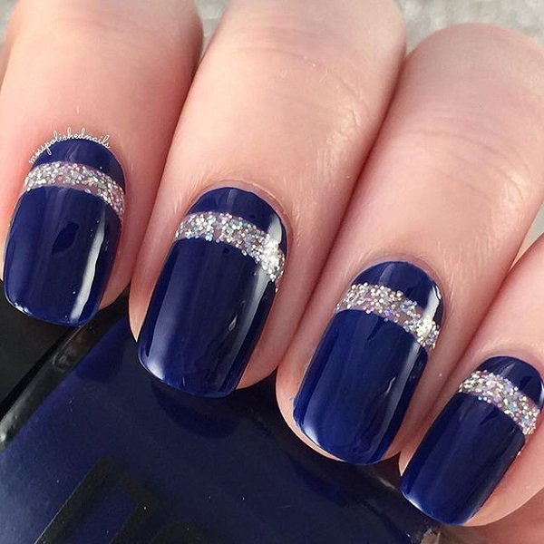 Beautiful looking dark blue nail art design. The blue nail art is framed by  a - 30 DARK BLUE NAIL ART DESIGNS - Nenuno Creative