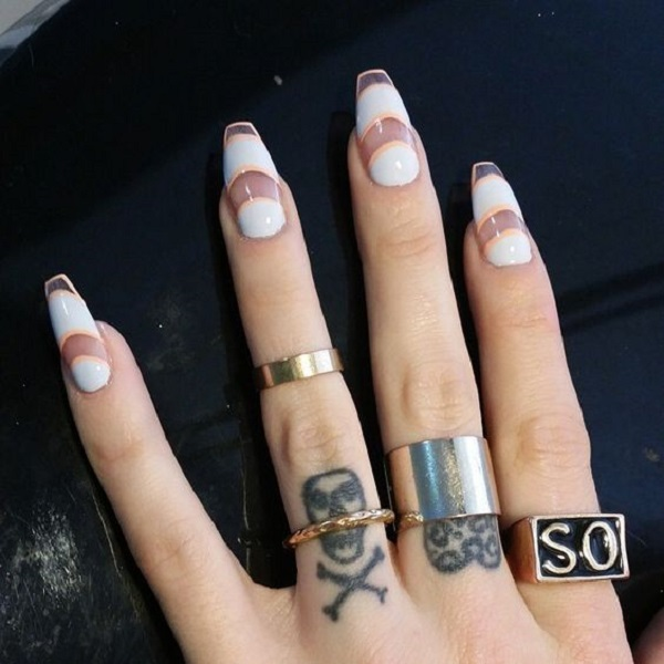 White And Gold Nail Design 14