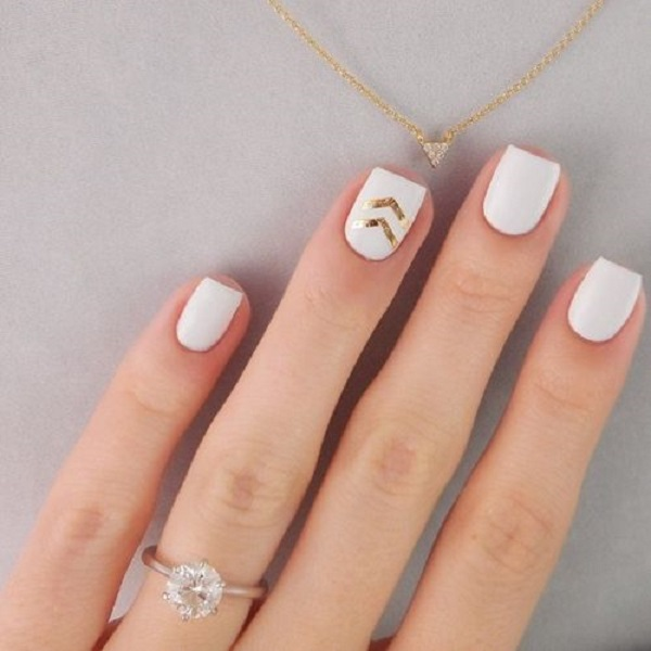 White And Gold Nail Design 2