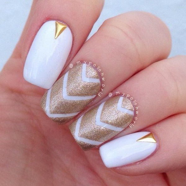 White And Gold Nail Design 20