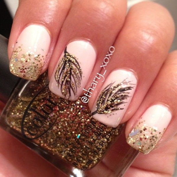 White And Gold Nail Design 21