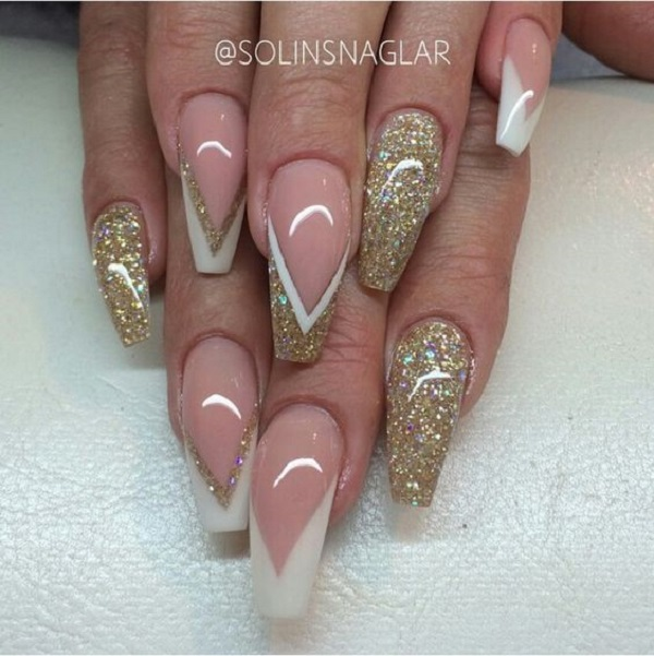 White And Gold Nail Design 22