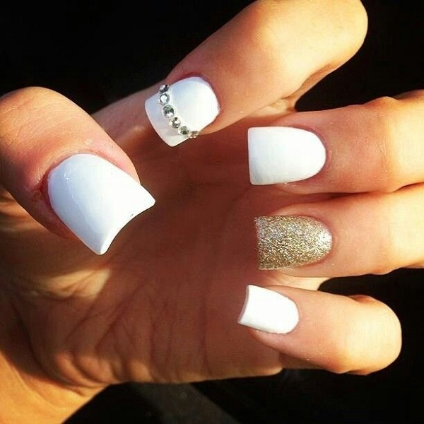 White And Gold Nail Design 23