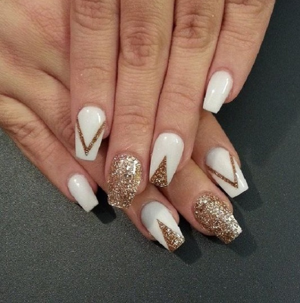 White And Gold Nail Design 35
