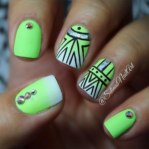 green-nail-art-design-22