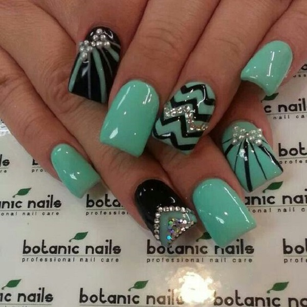 green-nail-art-design-26