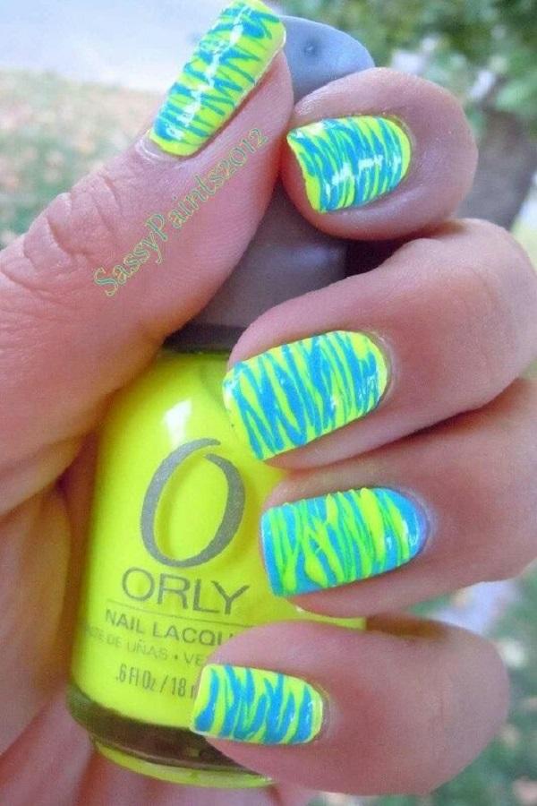 green-nail-art-design-34
