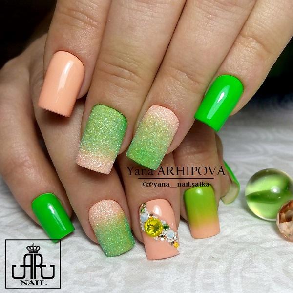 green-nail-art-design-36