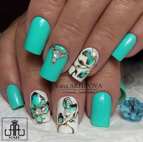 green-nail-art-design-8