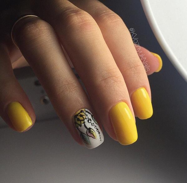 Жирний Жовтий.  Жорсткі жовті нігті ідеально підходять для всіх пляжних вечірок, які ви шукаєте весняними та літними сезонами.