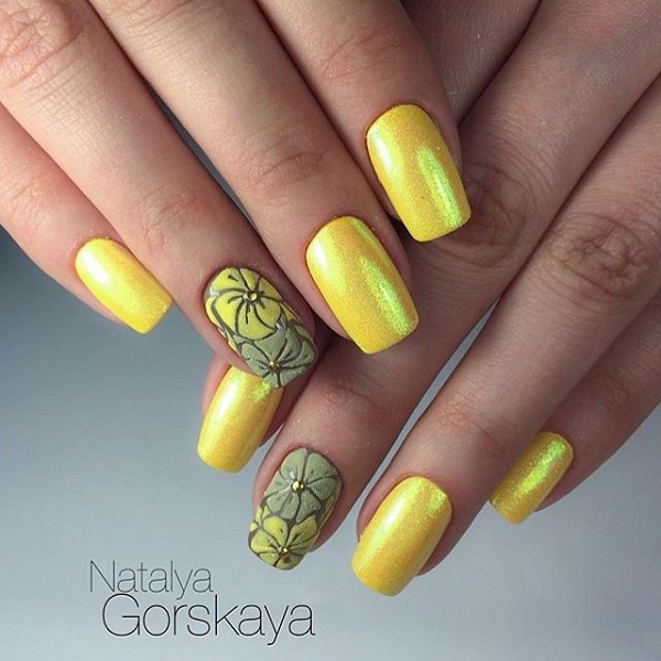 45 yellow nail art designs nenuno creative glittered yellow and grey floral art on alternate nails the combination of grey and yellow prinsesfo Gallery
