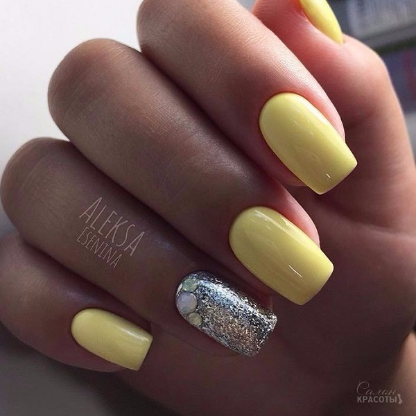 Pastel Yellow With Silver Touch Nail Art Design Shinny And The Perfect Summer